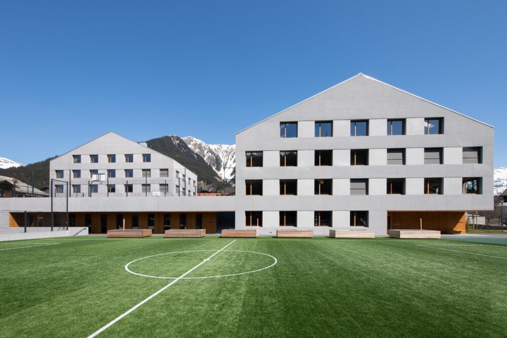 School Facility Klosters-Serneus, Klosters, Graubuenden Timber Construction, Window Construction