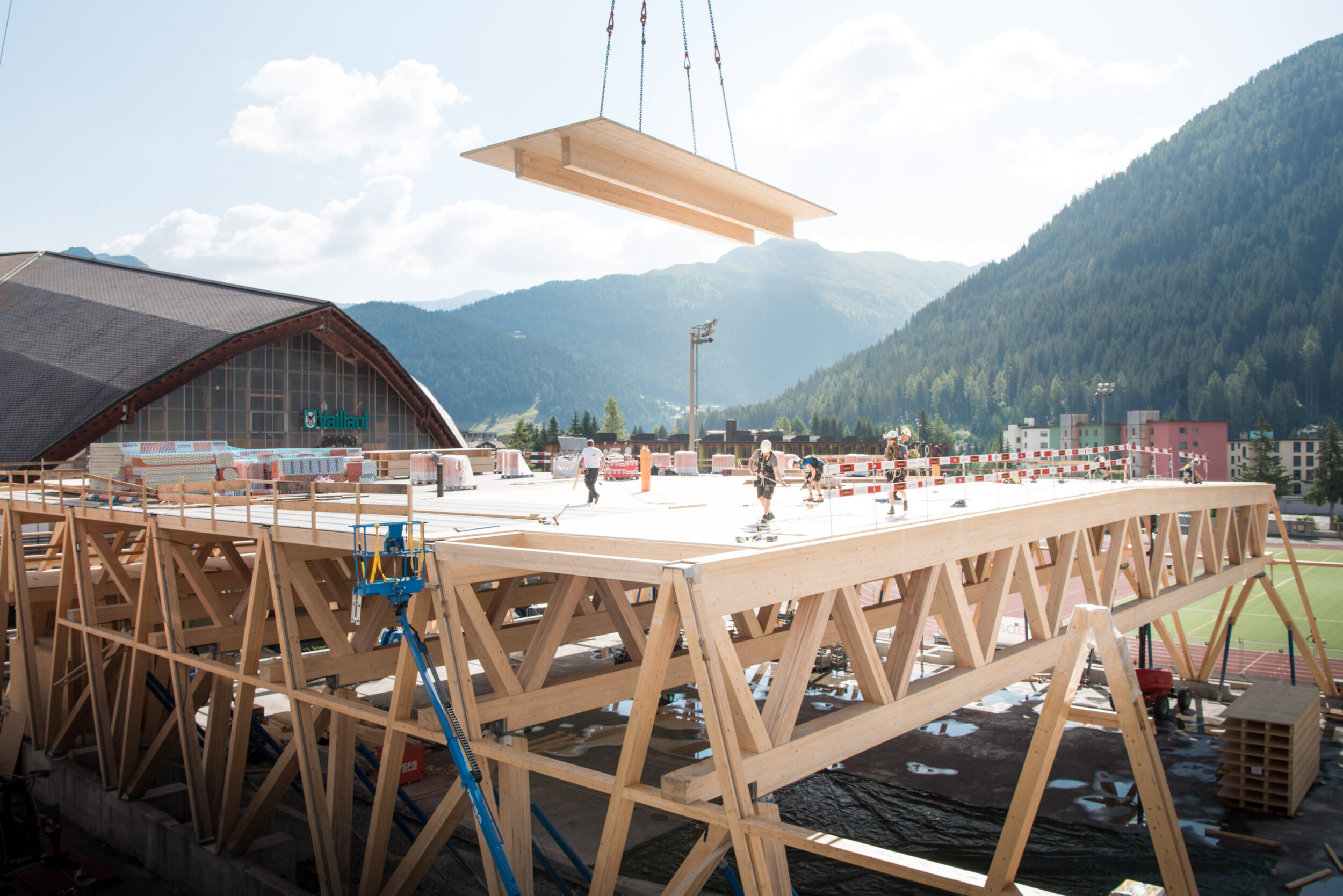 Innovative solutions in timber construction
